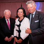 Dr Robidoux, President of the Scientific Committee, along with Susan McPeak and Charles Sirois - Photo: Dominick Gravel