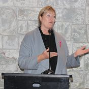 Nathalie Tremblay, CEO of the Quebec Breast Cancer Foundation, the Group's partner in the Programme Accès-recherche